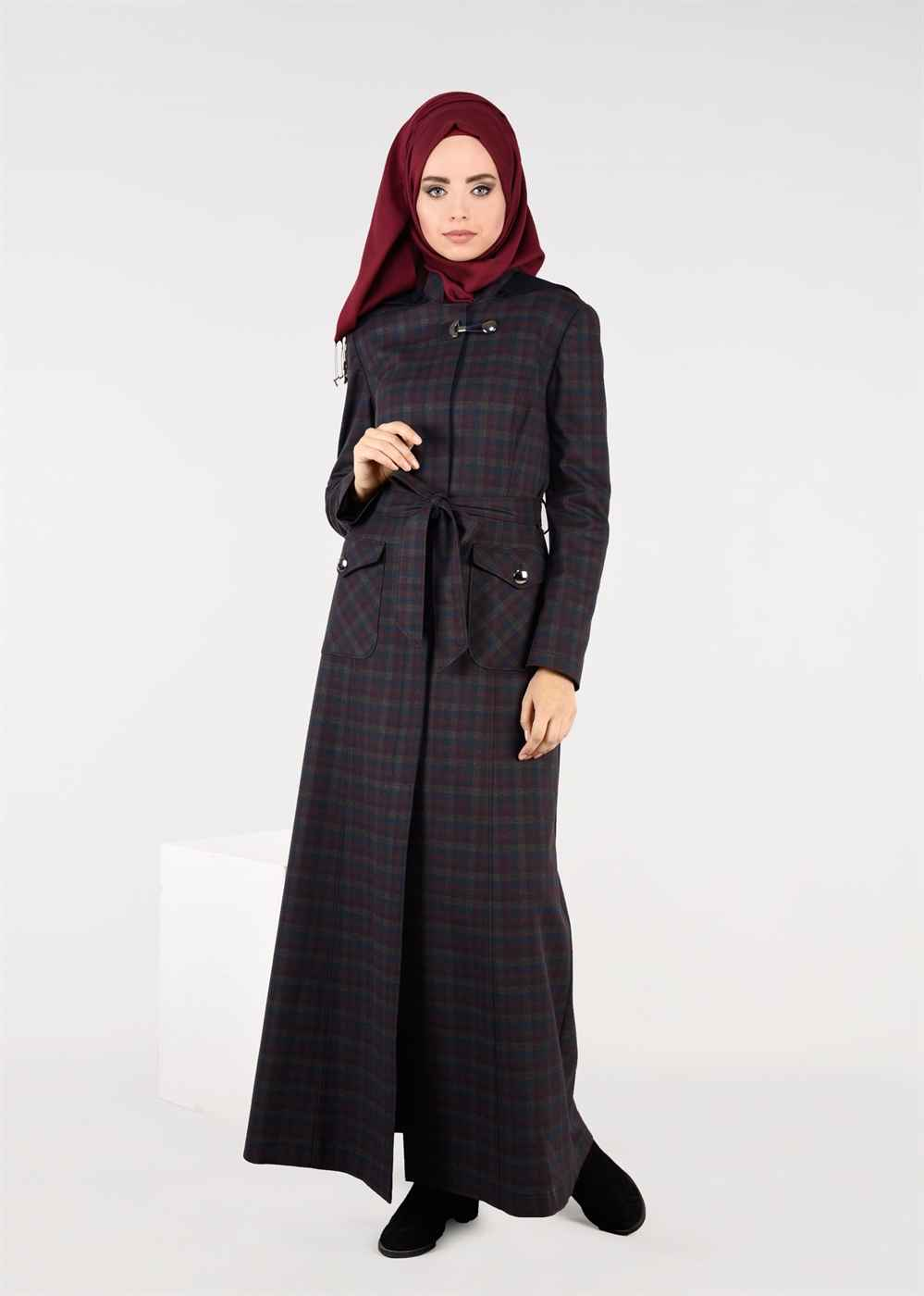 2018 Kare Desenli Pardesü Modelleri