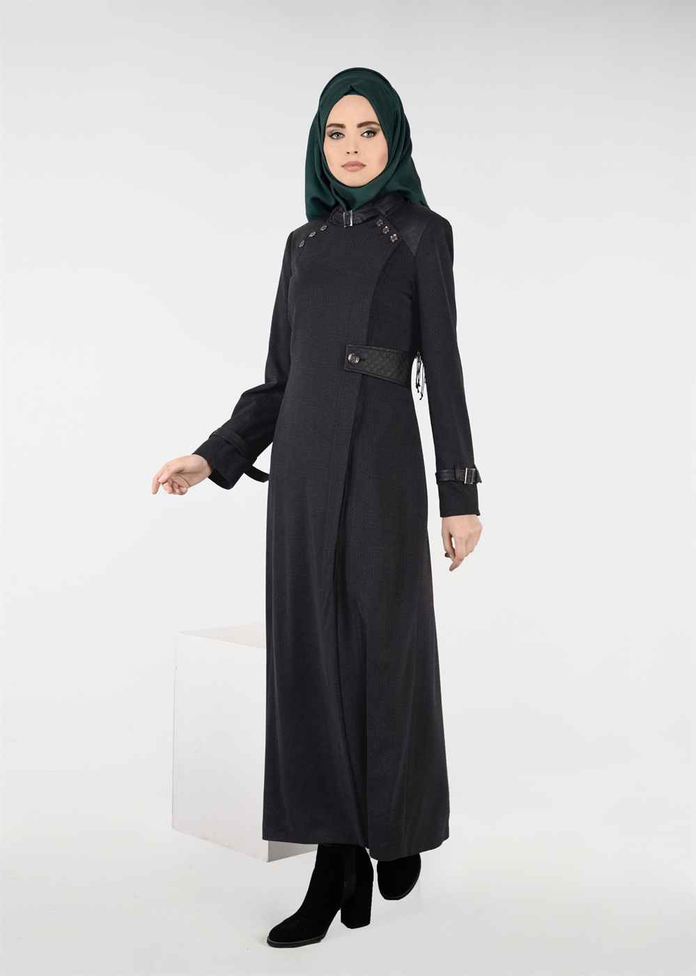 Siyah Moda Manto Modelleri