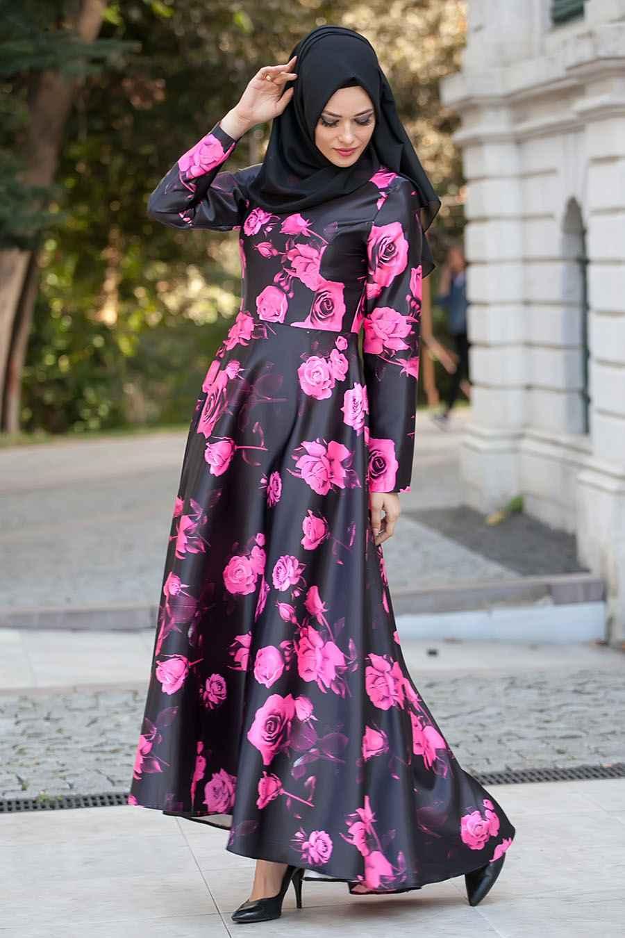 şık tesettür çiçekli elbise modelleri