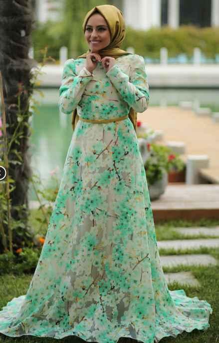 modern ve şık tesettür çiçekli elbise modelleri