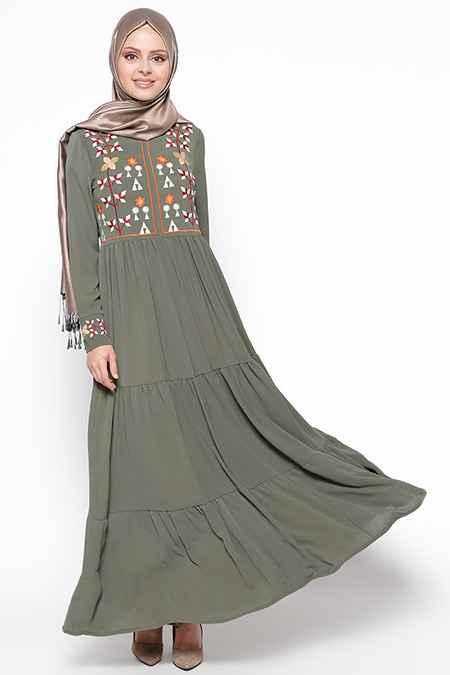 En Güzel ve Şık Tesettür Nakışlı Elbise Modelleri