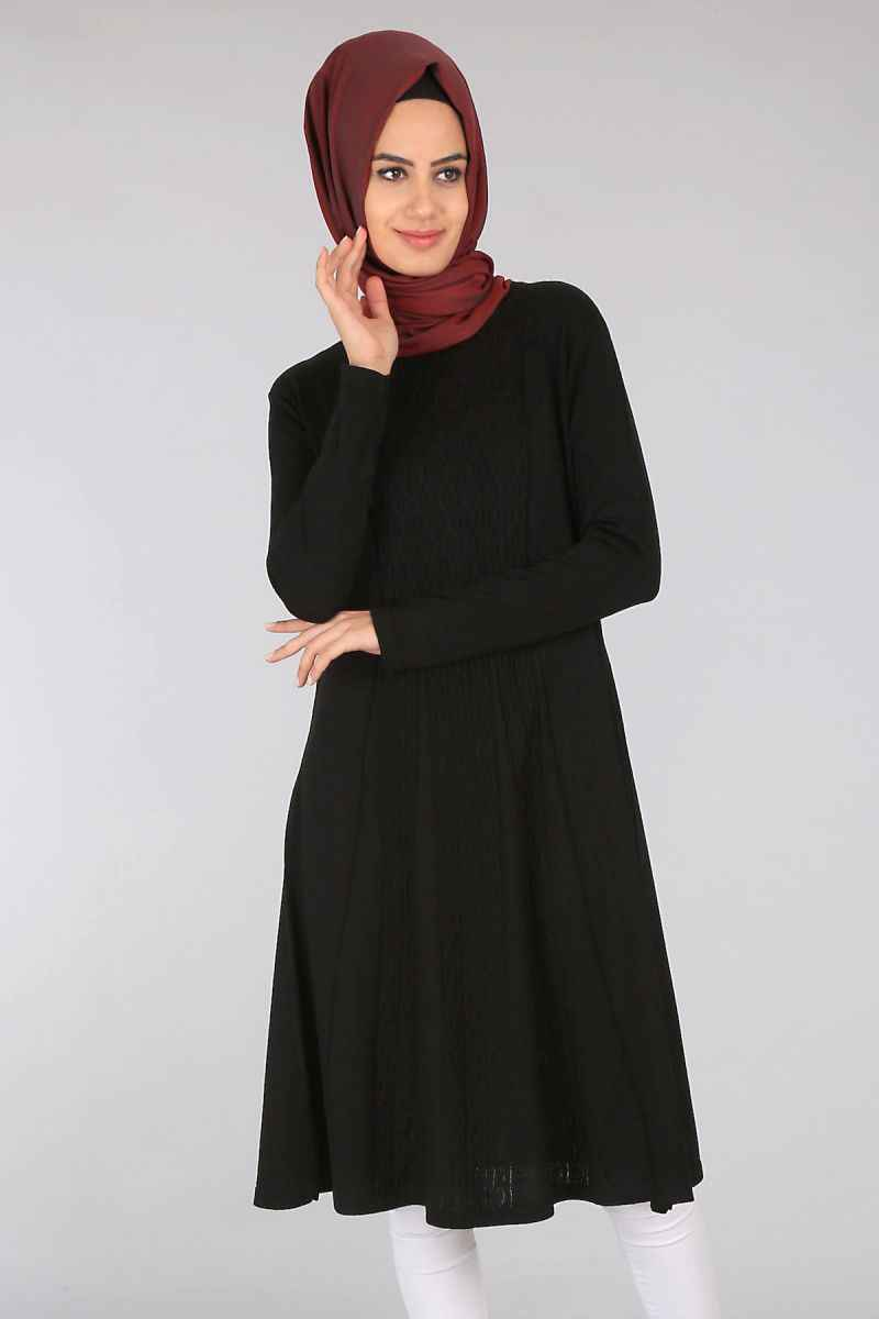 Ortası Desenli Siyah Bigdart Tesettür Tunik Modelleri