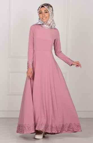 En Güzel Etek Ucu Dantelli Elbise Modelleri
