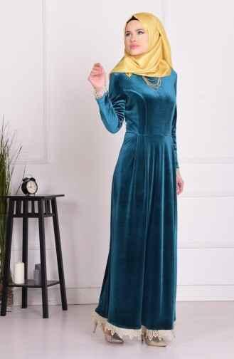 Kol Ağzı ve Etek Ucu Dantelli Elbise Modelleri