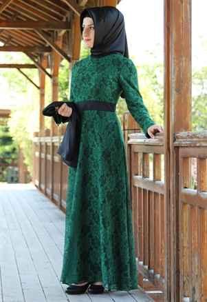 Yeşil Tesettür Güpürlü Elbise Modelleri