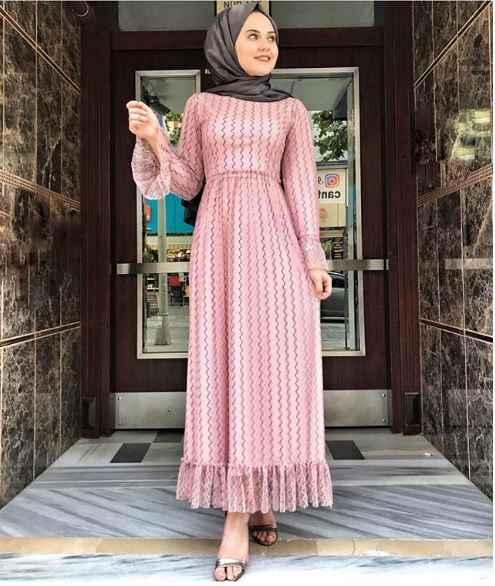 Çizgi Detaylı Tesettür Dantelli Elbise Modelleri