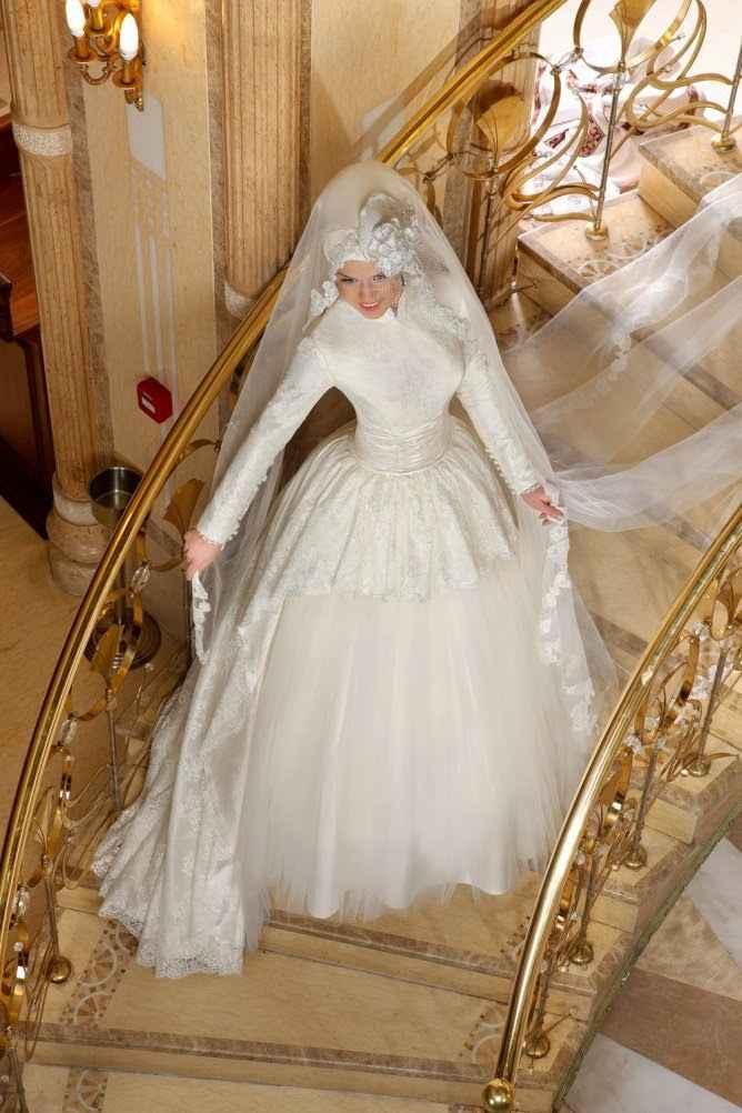 Özel Tesettür Prenses Gelinlik Modelleri