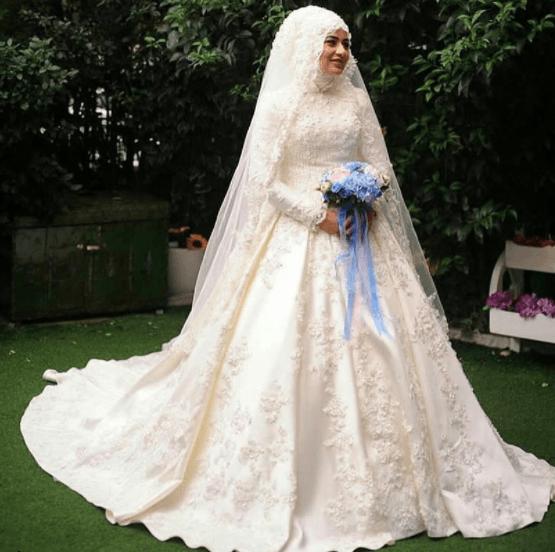 91c7e8d9307cb 2018 Şık Tesettür Prenses Gelinlik Modelleri - Moda Tesettür Giyim