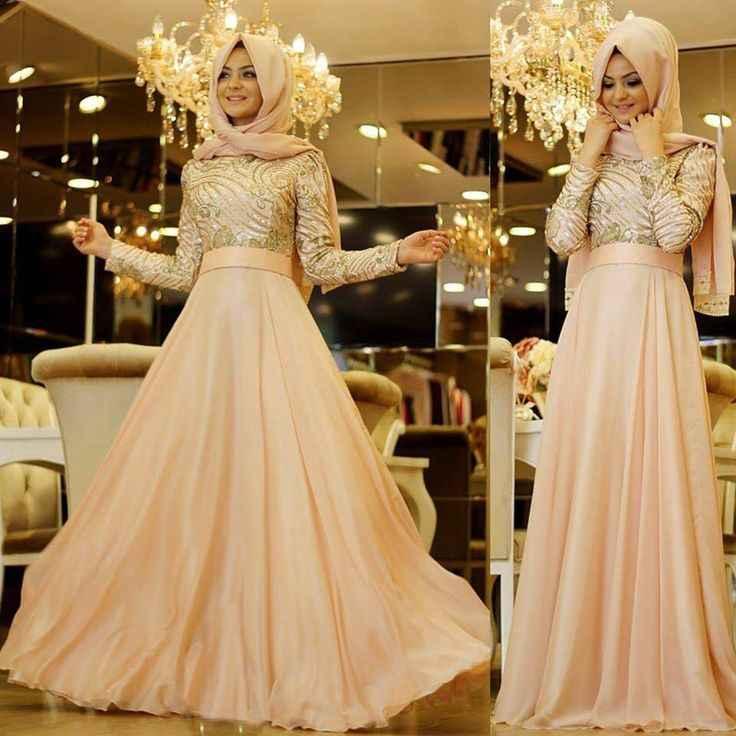 En Şık ve Güzel Tesettür Abiye Elbise Modelleri