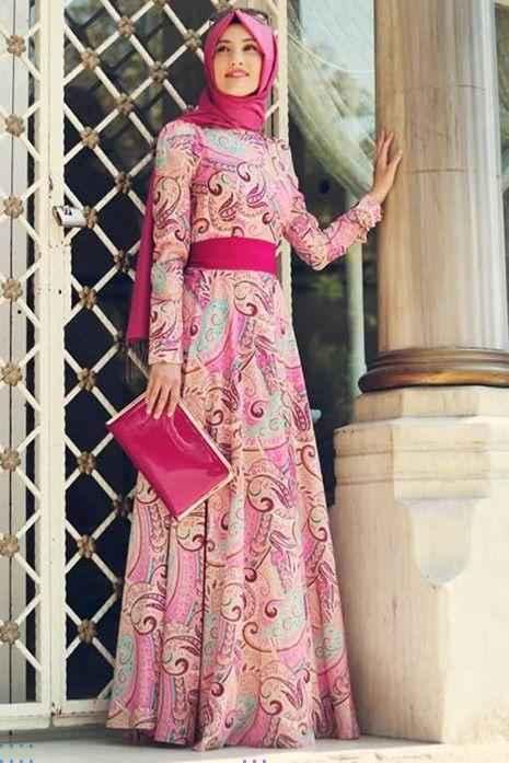 En Güzel Tesettür Şifon Elbise Modelleri
