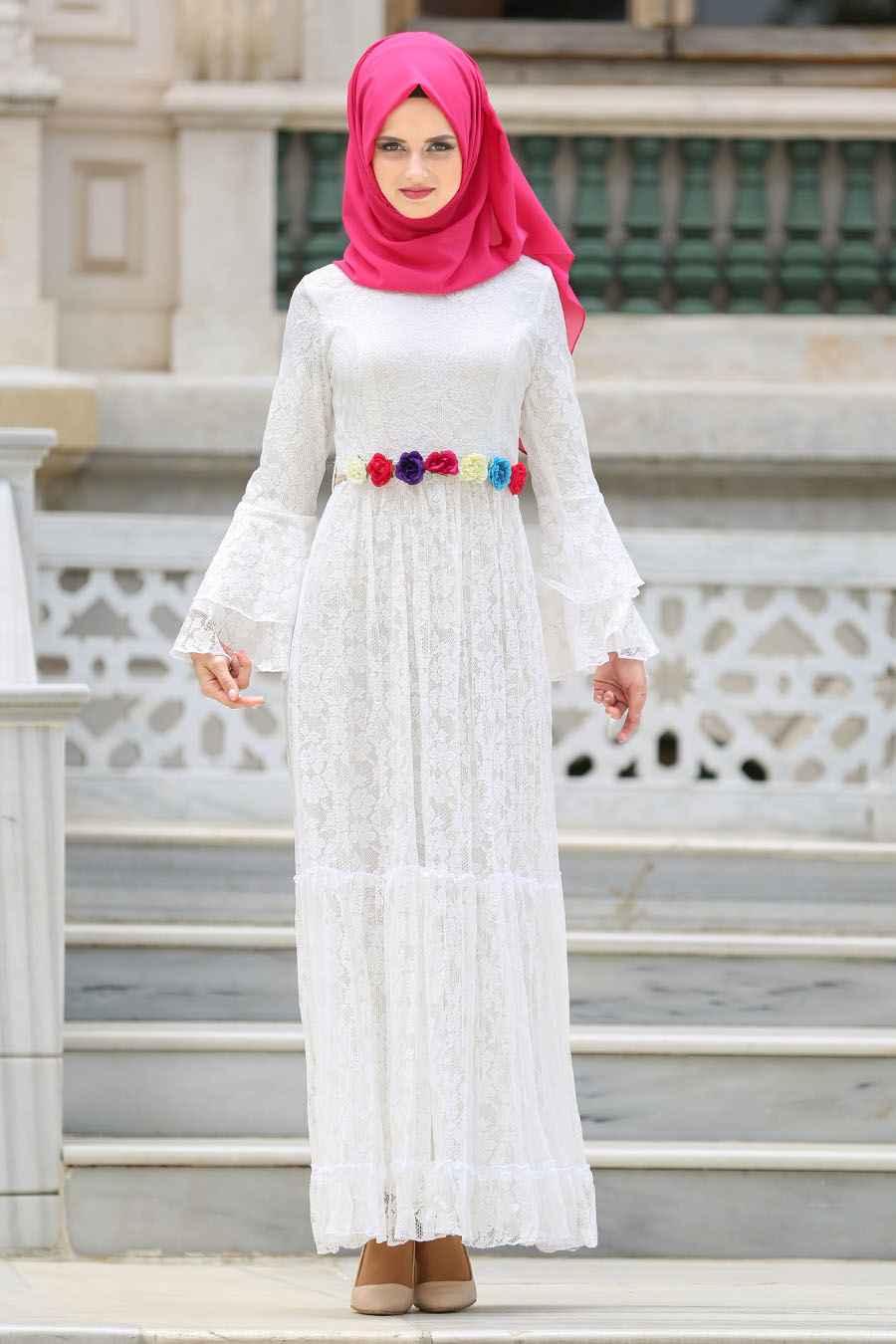 Tesettür Dantelli Beyaz Elbise Modelleri