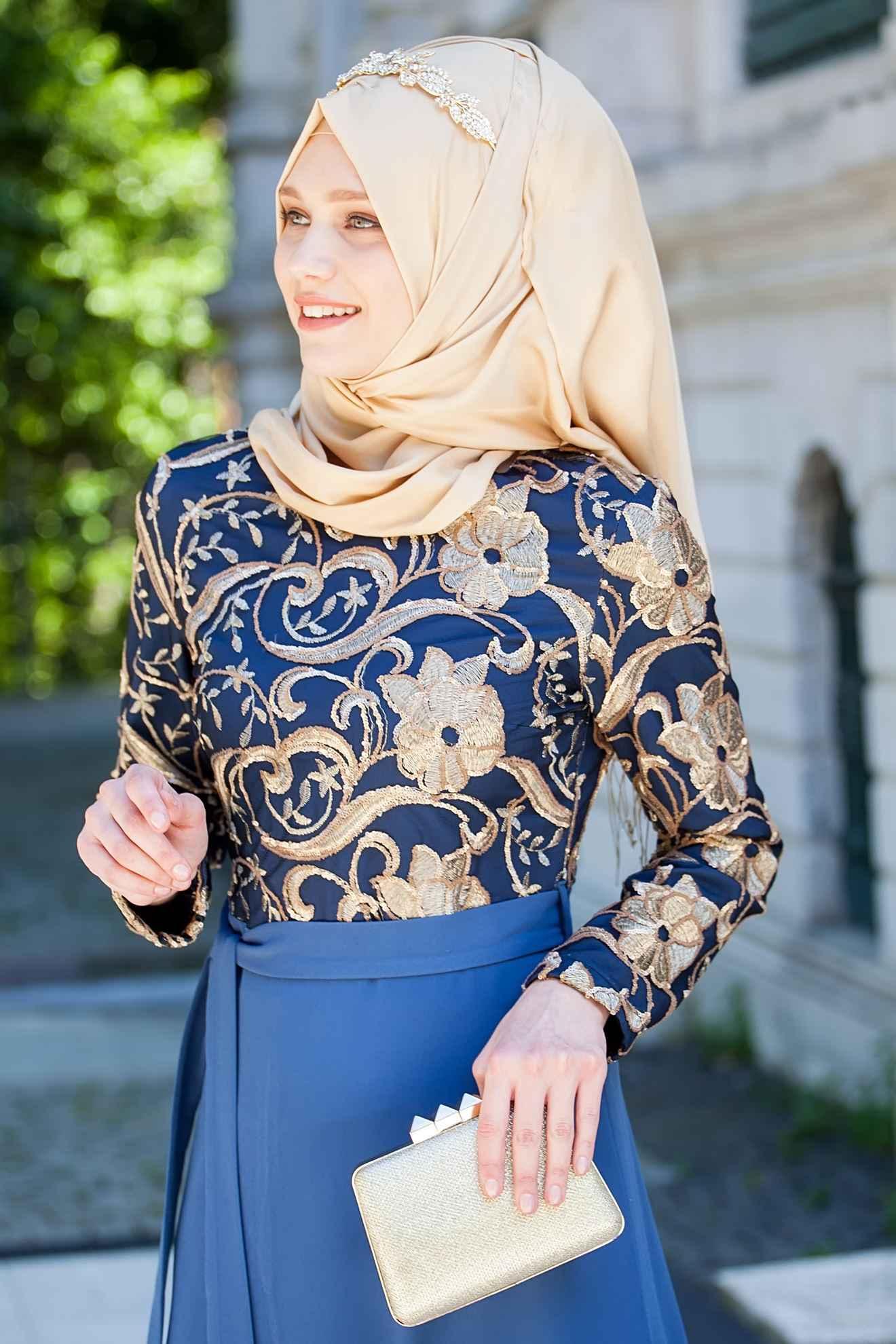 Sedanur Kemer Aksesuarlı Tesettür Abiye Elbise Modelleri