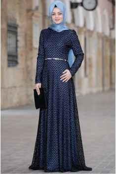 En Güzel Tesettür Piliseli Elbise Modelleri
