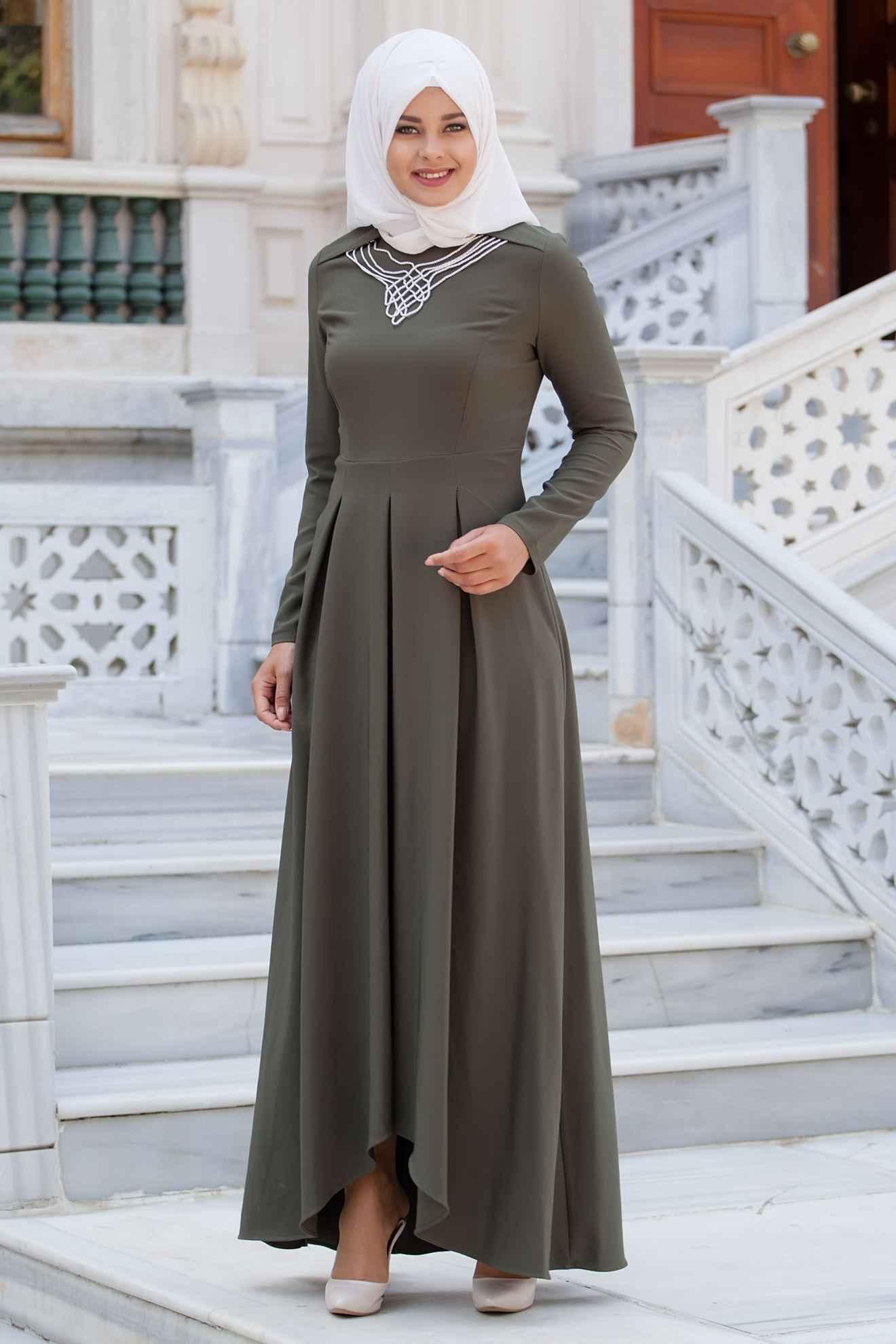 Sedanur Tesettür Piliseli Elbise Modelleri