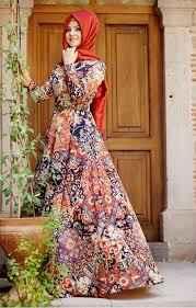 Desenli Pınar Şems Tesettür Elbise Modelleri