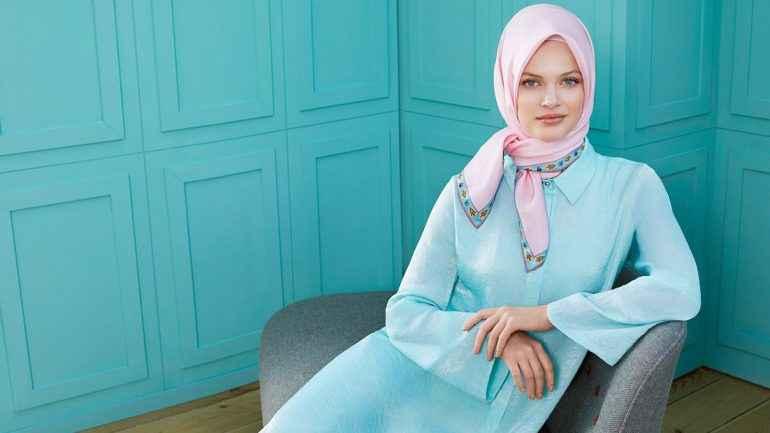 En Şık 2019 Tesettür Elbise Modası
