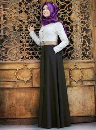 58bc4328f40a4 Pınar Şems Çift Renkli Tesettür Elbise Modelleri - Moda Tesettür Giyim