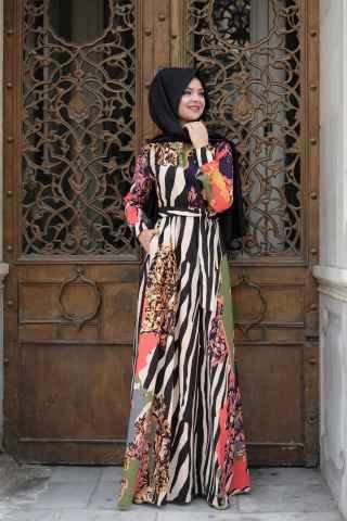Pınar Şems Desenli Tesettür Elbise Modelleri