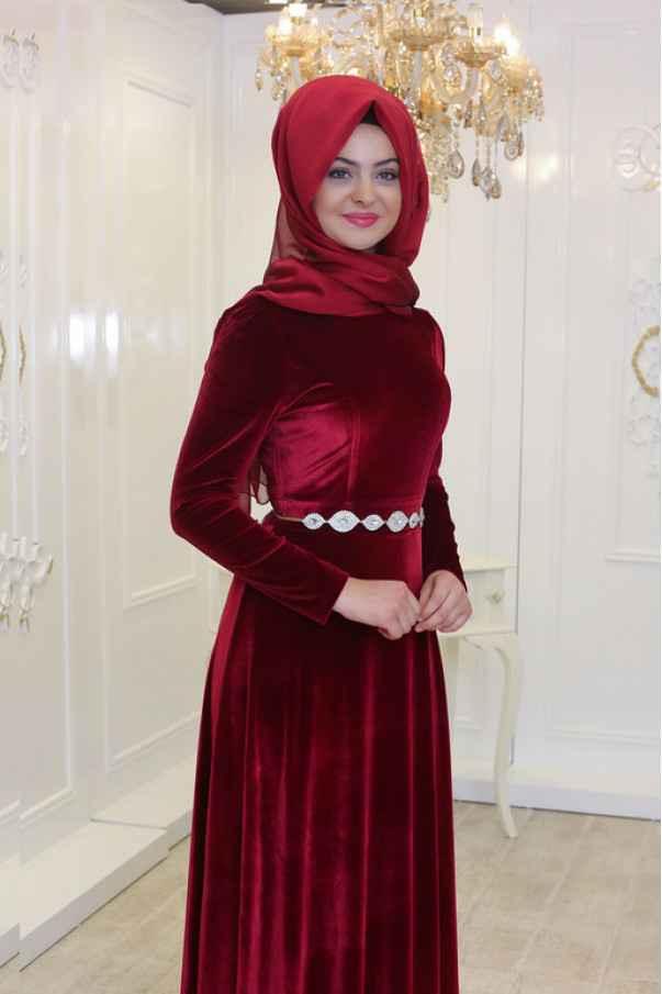Pınar Şems Tesettür Kadife Elbise Modelleri
