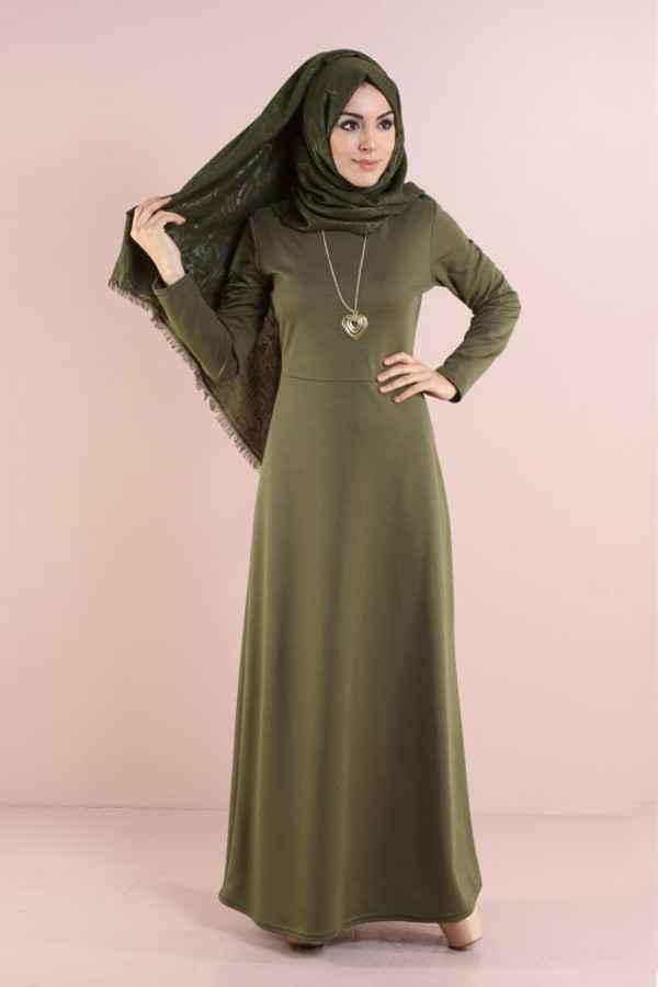 Modasena Şık Tesettür Kolyeli Elbise Modelleri