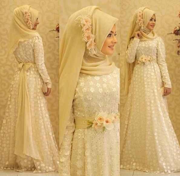 Pınar Şems Tesettür Gold Abiye Elbise Modelleri