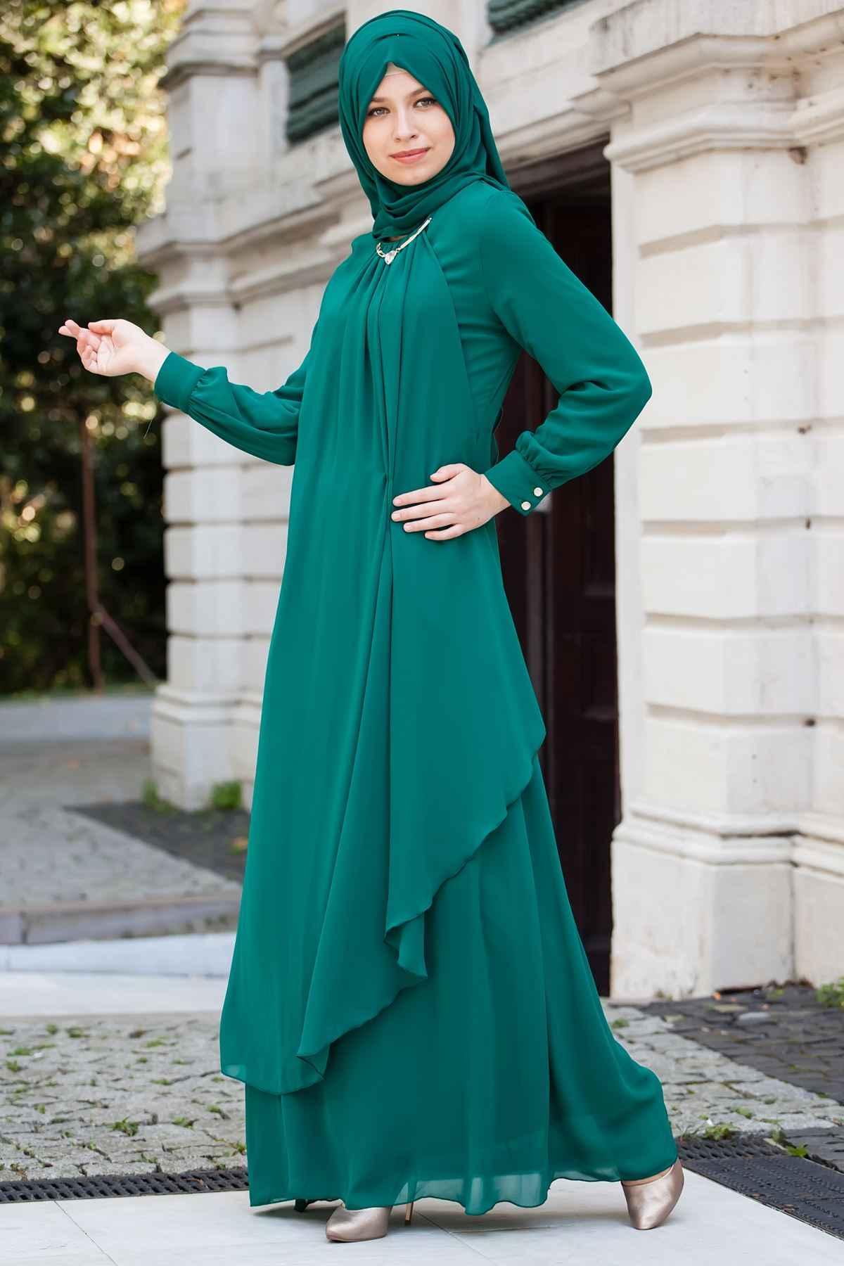 Sedanur Tesettür Dökümlü Abiye Elbise ModelleriSedanur Tesettür Dökümlü Abiye Elbise Modelleri