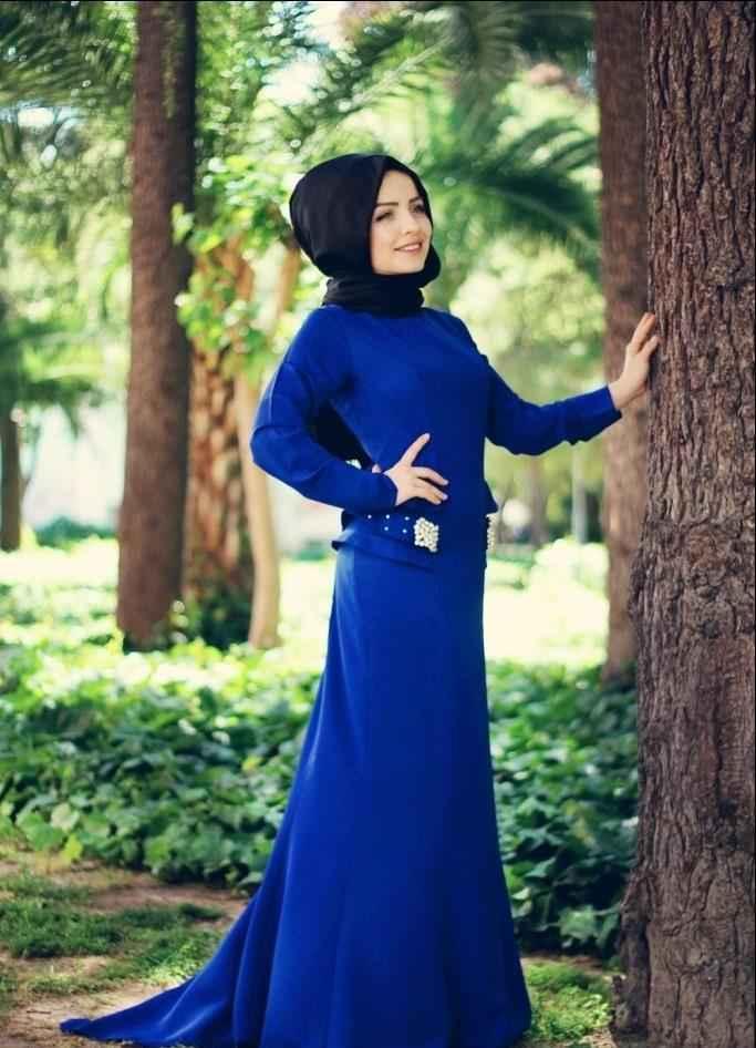 Tesettür Mavi Renk Kıyafet Modelleri