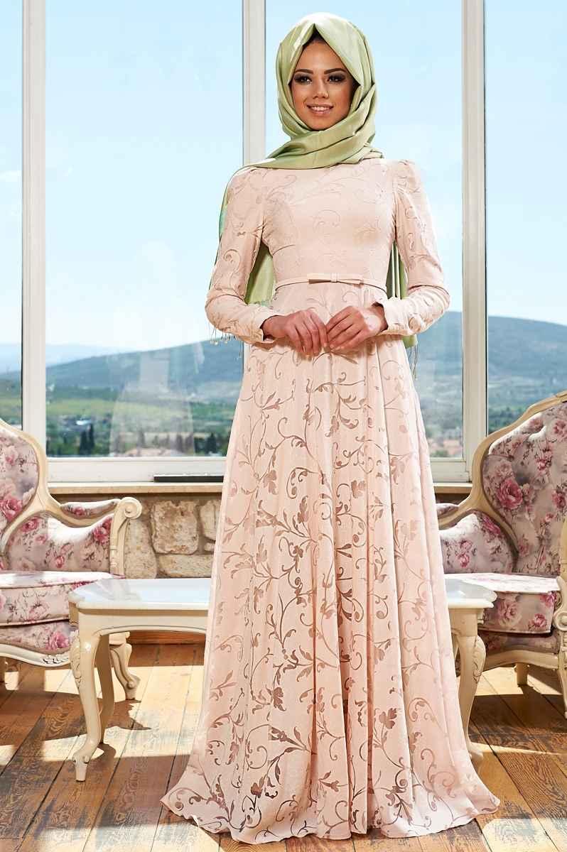 84a67db5710e2 İşlemeli Tesettür Söz Elbisesi Modelleri - Moda Tesettür Giyim