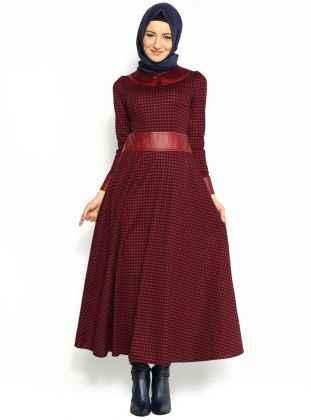 Şık Tesettür Kazayağı Desenli Elbise Modelleri
