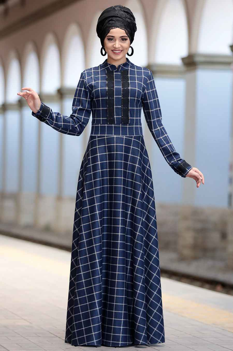 Piennar Tesettür Ekose Elbise Modelleri