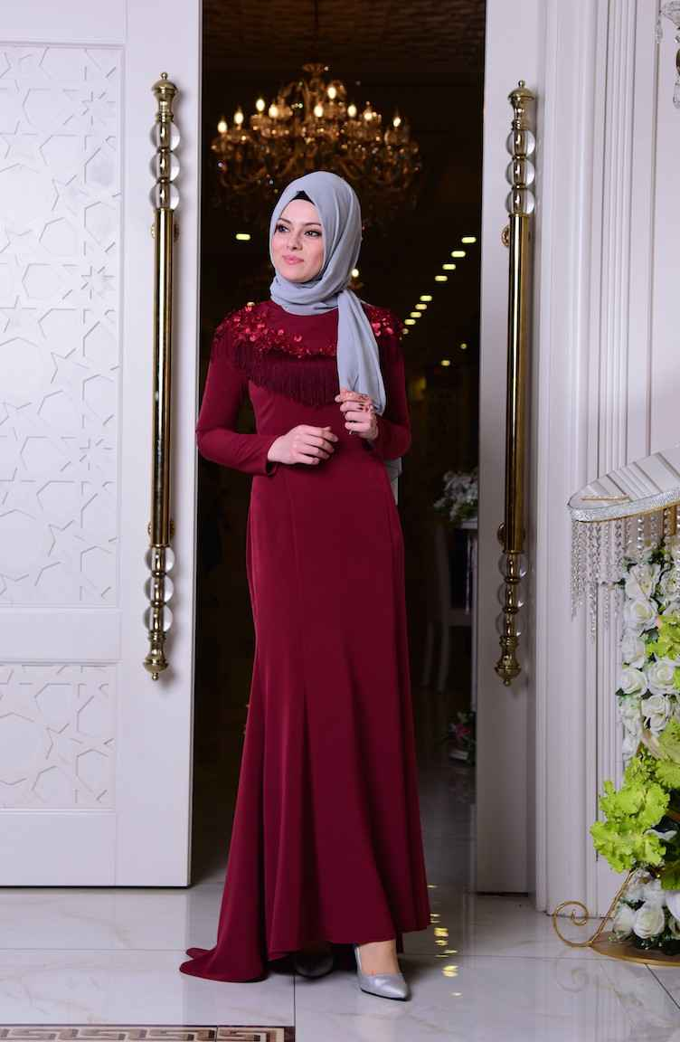 Sefamerve İşlemeli Tesettür Püsküllü Abiye Elbise Modelleri