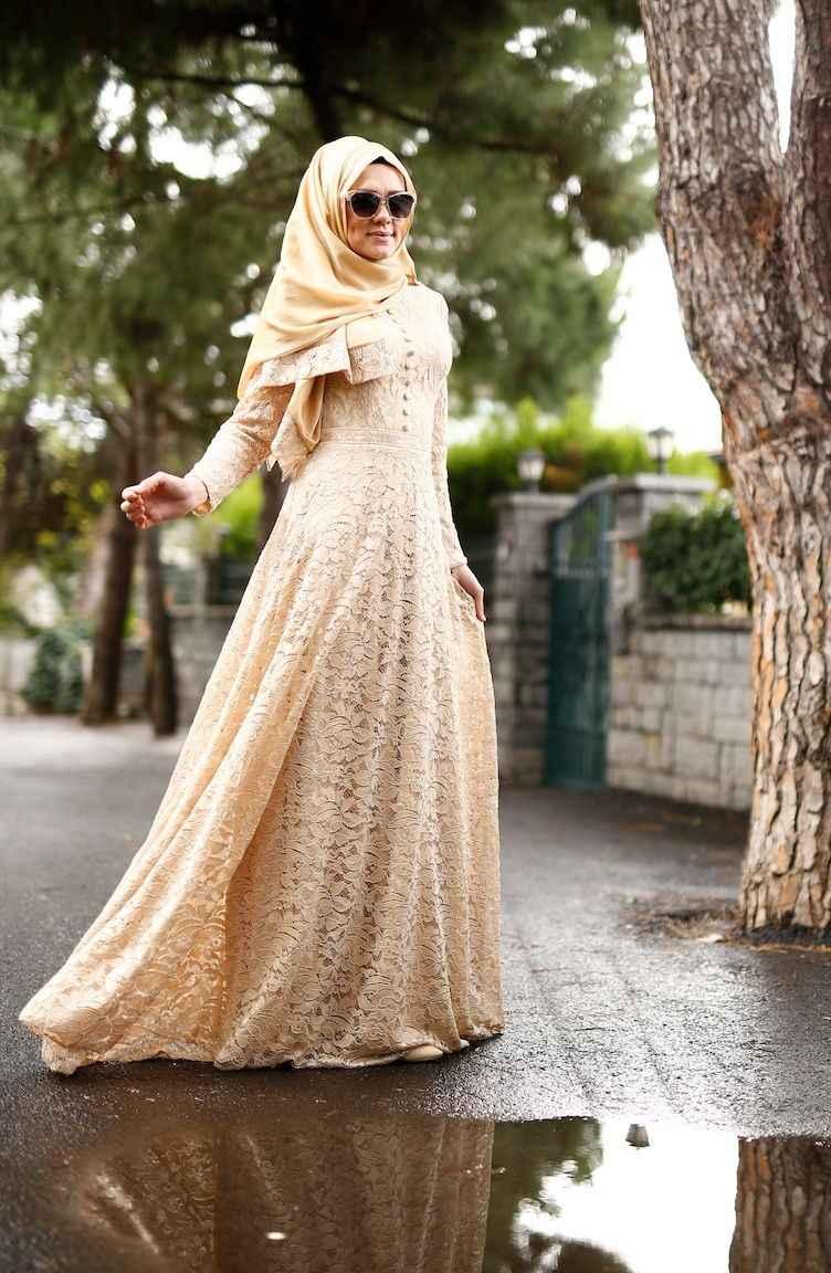 cd87754b81d14 Sefamerve Tesettür Gold Dantelli Şallı Abiye Elbise Modelleri
