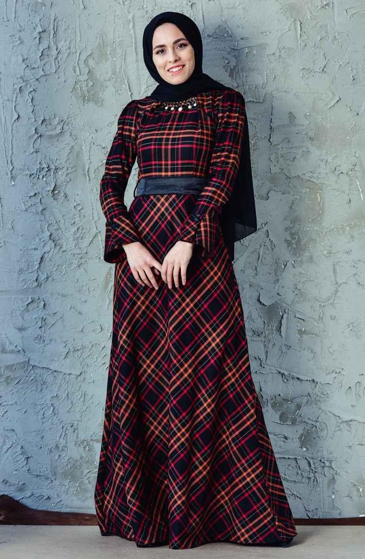 Sefamerve Tesettür Kuşaklı Ekose Elbise Modelleri