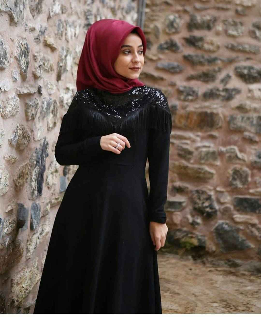 Tesettür Püsküllü Abiye Elbise Modelleri