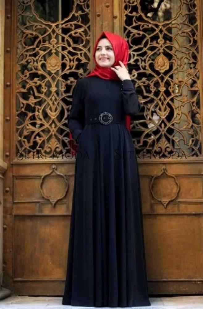 Pınar Şems Kemerli Tesettür Elbise Modelleri