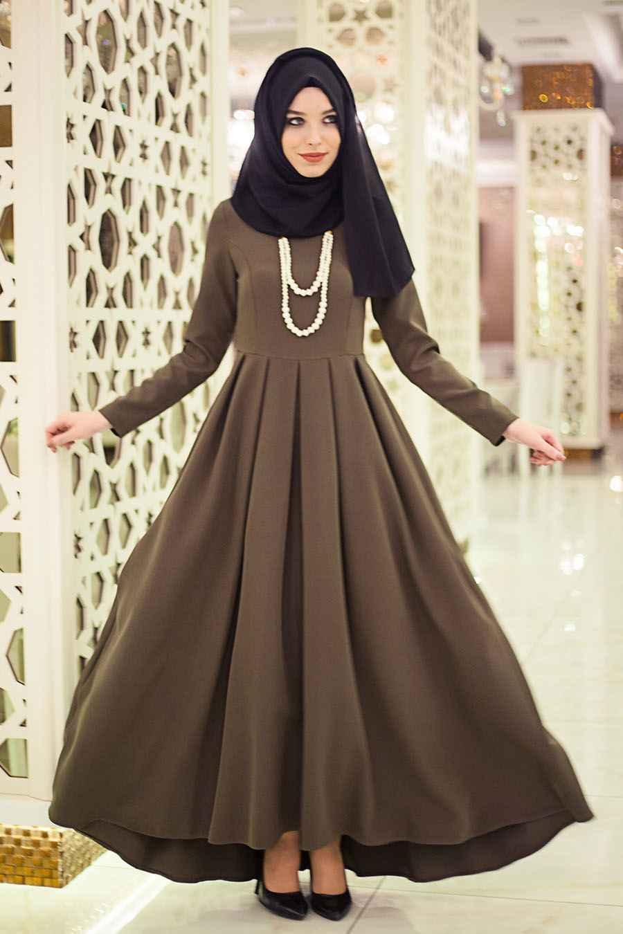 En Şık Tesettür Boydan Elbise Modelleri
