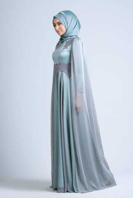 Gönül Kolat Şifon Pelerinli Tesettür Abiye Elbise Modelleri