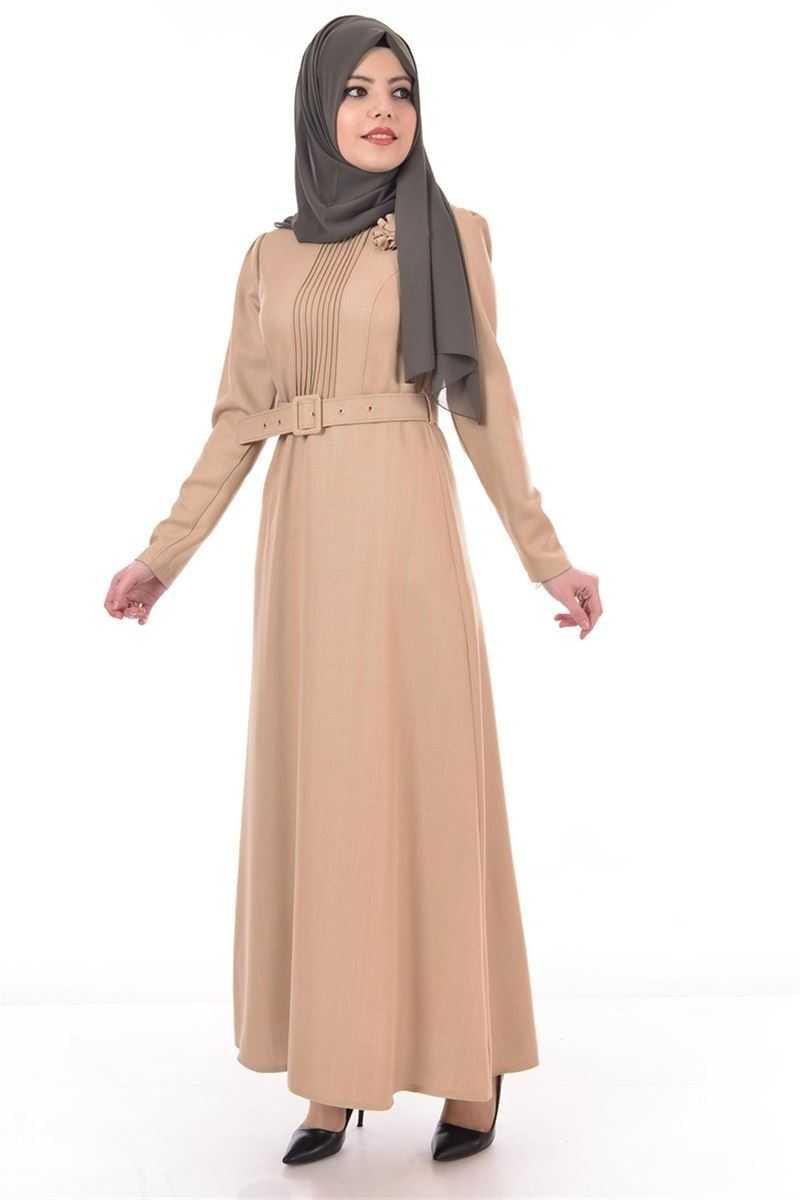 Modamerve Broşlu Tesettür Krem Elbise Modelleri