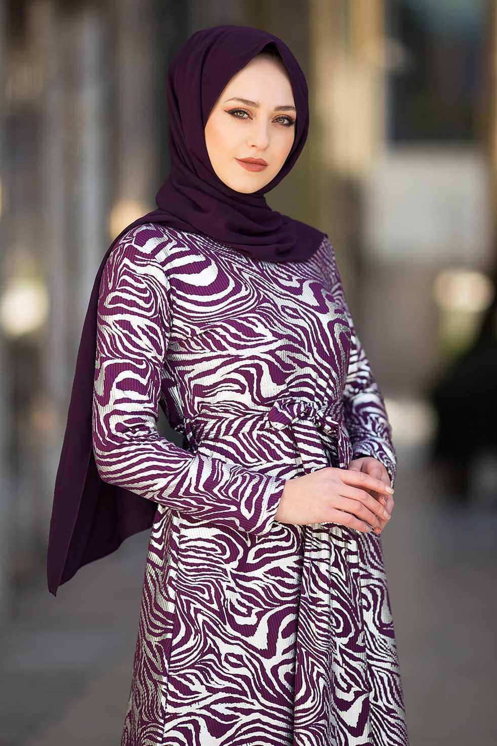 Modasima Varaklı Tesettür Elbise Modelleri