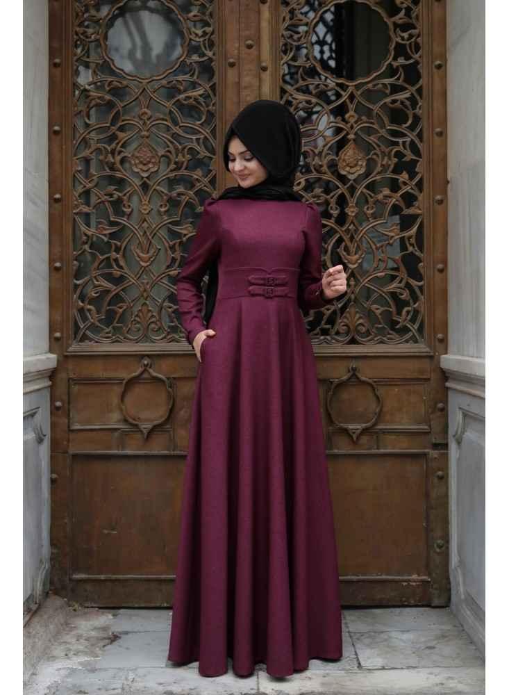 Pınar Şems Korsajlı Tesettür Mürdüm Elbise Modelleri