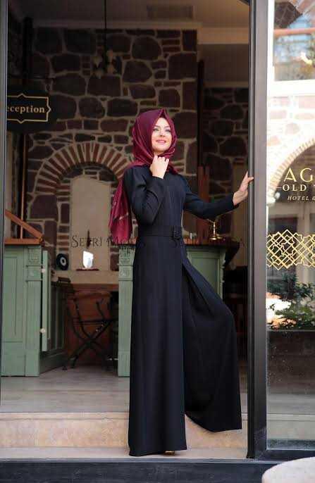 Pınar Şems Siyah Tulum Modelleri