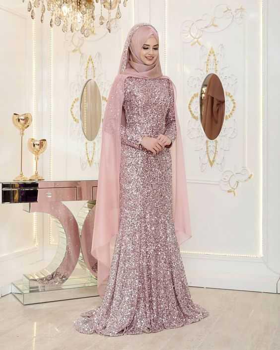 Pınar Şems Taş İşlemeli Tesettür Abiye Modelleri