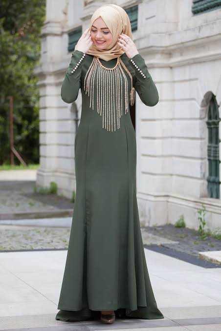 Sedanur Zincirli Tesettür Abiye Elbise Modelleri