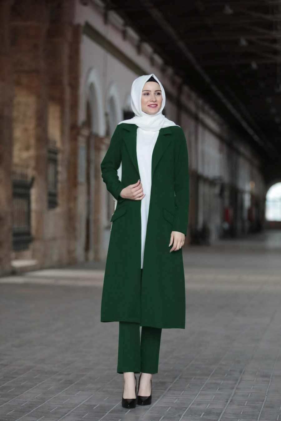 Amine Hüma Tesettür Ceketli Takım Modelleri