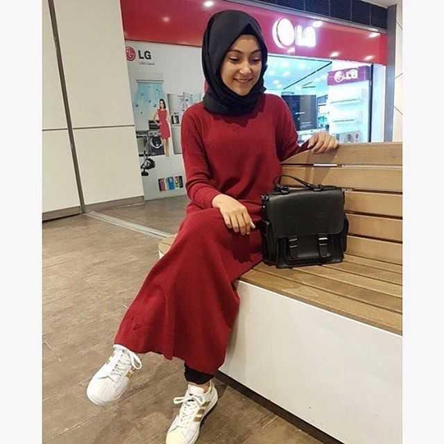 Fitilli Tesettür Kırmızı Triko Elbise Modelleri