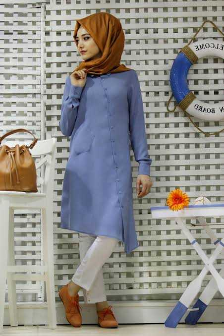 Gamze Özkul Tesettür Mavi Keten Tunik Modelleri