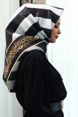 Tekbir Giyim Desenli Eşarp Modelleri