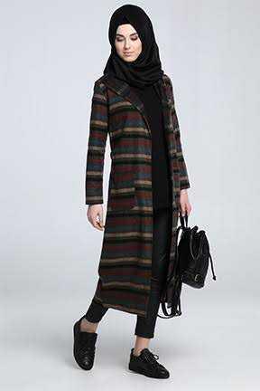 Tozlu Giyim Kilim Desenli Tesettür Ceket Modelleri