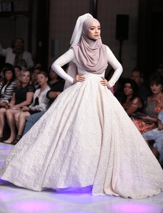 2019 Tesettür Prenses Nişanlık Modelleri