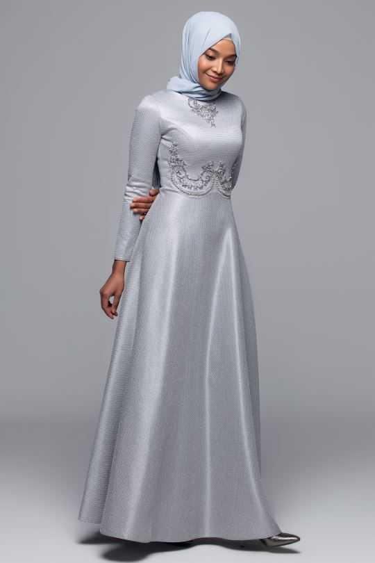 Armine Tesettür İşlemeli Abiye Elbise Modelleri
